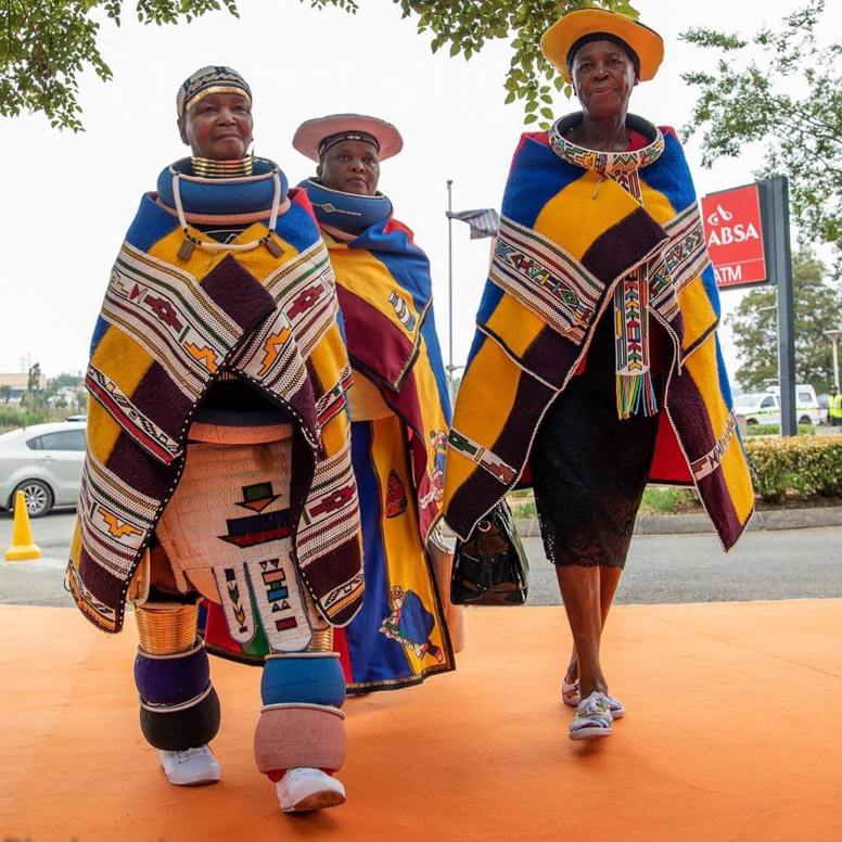 ndebele traditional attire 2021 (1)