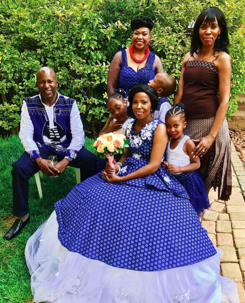 shweshwe traditional wedding dresses 2021 (13)