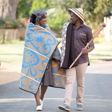 traditional dresses design 2021 (2)