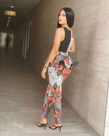 Amazing Ankara Dresses Gown Styles 2021 For Ladies (4)