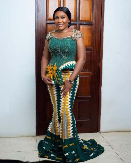 Awesome Traditional Kente Styles for Weddings 2021 (11)