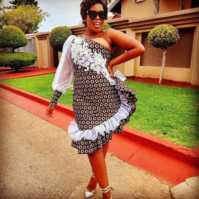 SHWESHWE SOUTH AFRICAN TRADITIONAL DRESSES 2021 (5)
