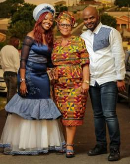 Shweshwe Traditional Dresses 2021 For Black Woman (10)