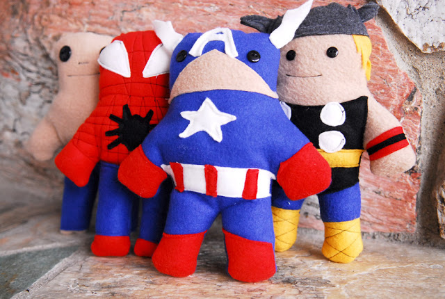 super hero softies || Free PDF pattern || shwin&shwin