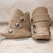 Wool riding boots for baby    FREE PDF Pattern    Shwin&Shwin