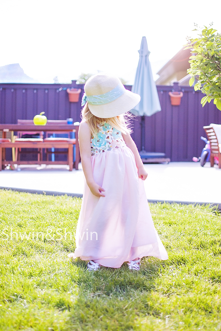 Sundressing    A book Review    The Rosedale Dress