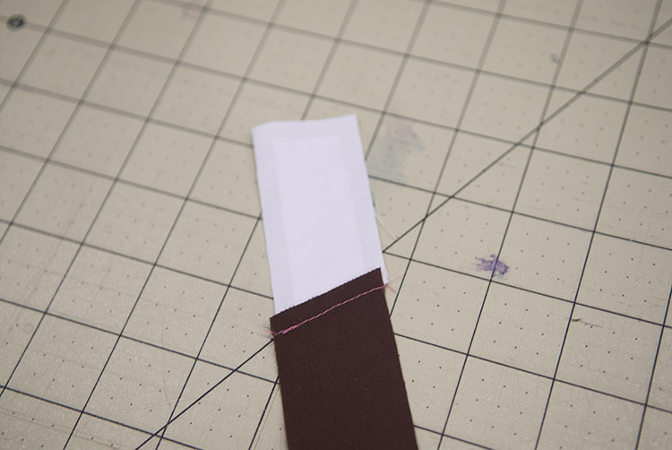 How to Paper Piece a Quilt using Freezer Paper    #Quilting    Shwin&Shwin