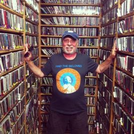 Radio host Gary Goldberg in Shyamdas T-shirt