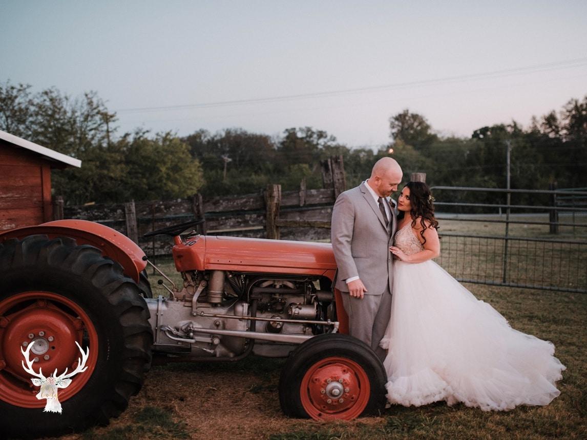 New Braunfels Wedding photography The Lodge At Bridal Veil Falls_0163.jpg