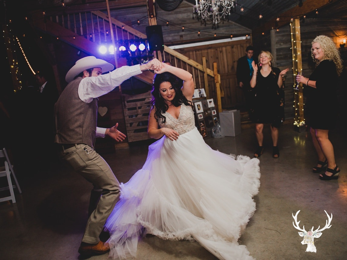 New Braunfels Wedding photography The Lodge At Bridal Veil Falls_0179.jpg
