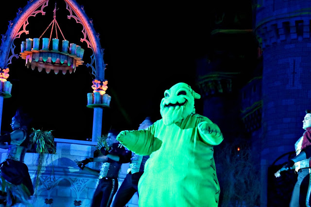 Oogie Boodie during the Hocus Pocus show