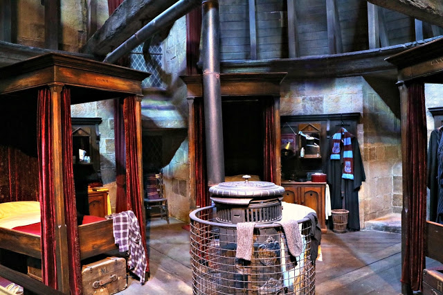 the Gryffindor dormitory in the Warner Bros Studio Tour