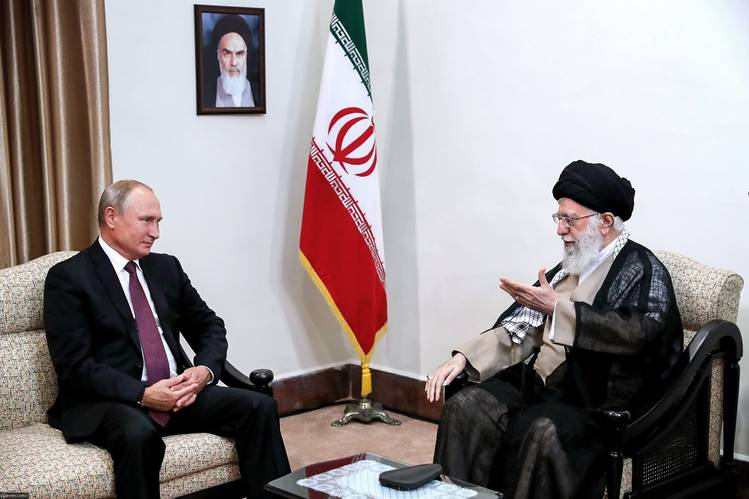 Russia considers Iran as an important ally and has criticized the new round of US sanctions. Here, in September 2018, President Vladimir Putin meets Supreme Leader Ayatollah Ali Khamenei.