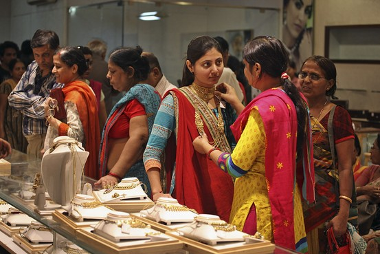 Dhanteras Festival and Drop in Price Drives Gold Sales ...