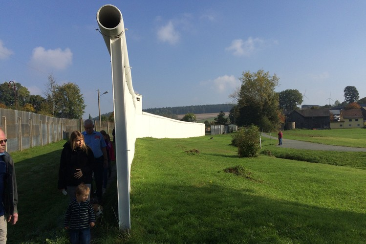 This strip of wall has been kept as an outdoor memorial and museum in Mödlareuth.