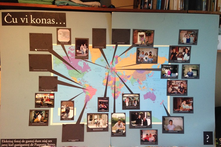A map compiled by Jim Medrano and family, showing guests from around the world who have stayed at their home using Pasporta Servo, a lodging service for speakers of Esperanto.