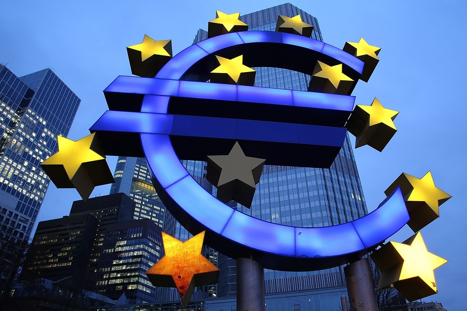 Some investors predict the euro will fall faster against the greenback than the yen in the near term.