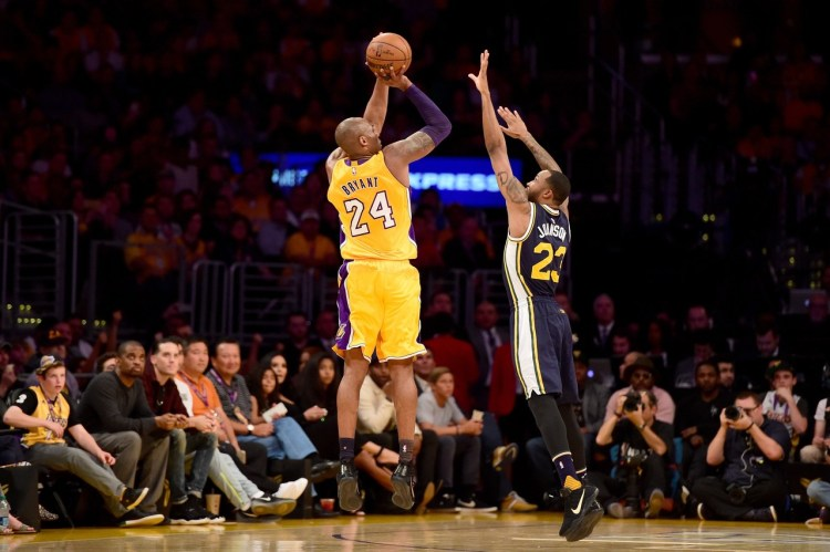 """Image result for photos of lakers kobe bryant action shot"""""""
