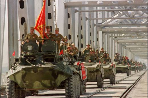A convoy of Soviet armored vehicles crossed a bridge in Termez, at the Soviet-Afghan border, on May 21, 1988, during the withdrawal of the Soviet Army from Afghanistan.