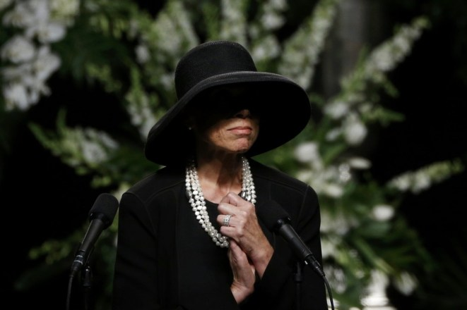 Ali's widow, Lonnie, speaks at the memorial service.