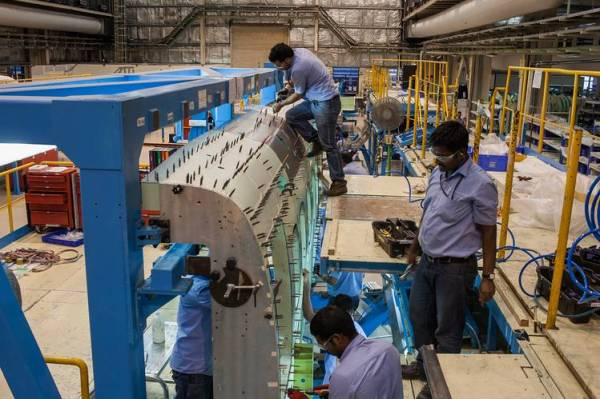 India's Skills Shortfall Challenges Modi's Manufacturing ...