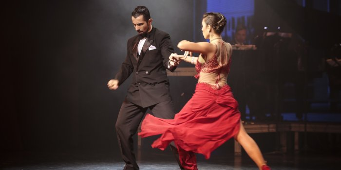 Asians Learn the Code of the Tango - WSJ
