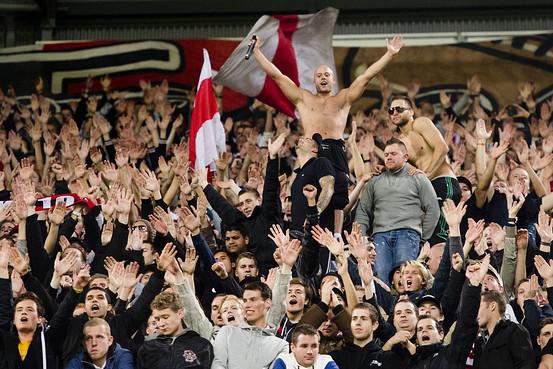 Tottenham Hotspur Ajax Gentile Soccer Fans Invoke Jewish