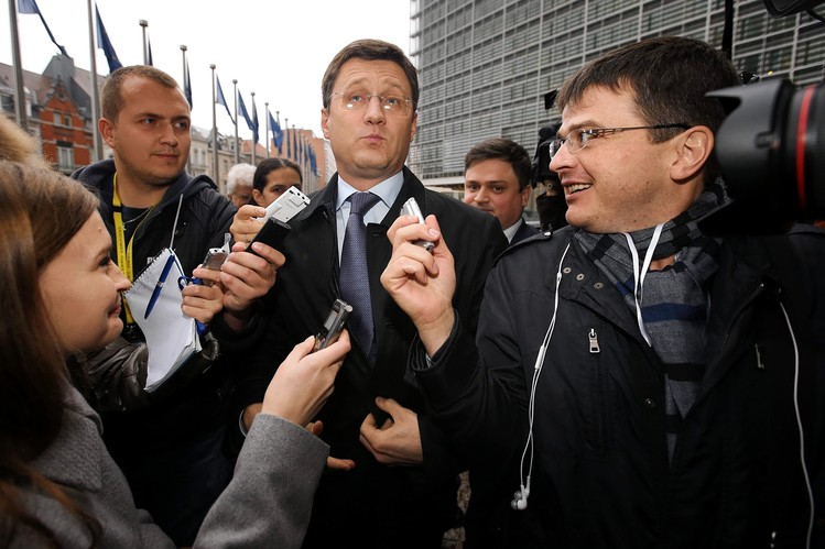 Russian Energy Minister Aleksandr Novak, center, arrives at a Brussels meeting seeking to resolve a gas dispute with Ukraine on Wednesday.