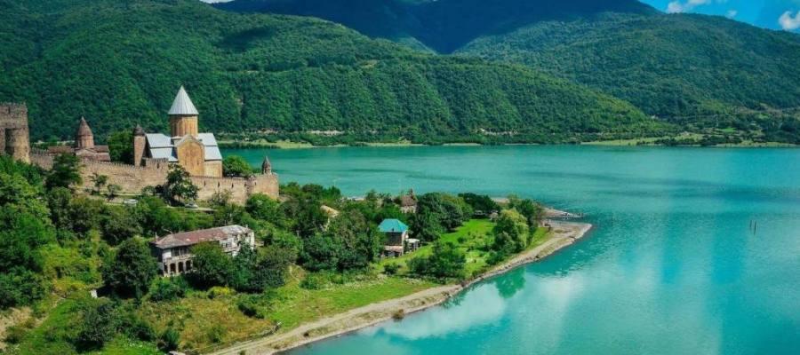 أبرز المعالم السياحية في جورجيا