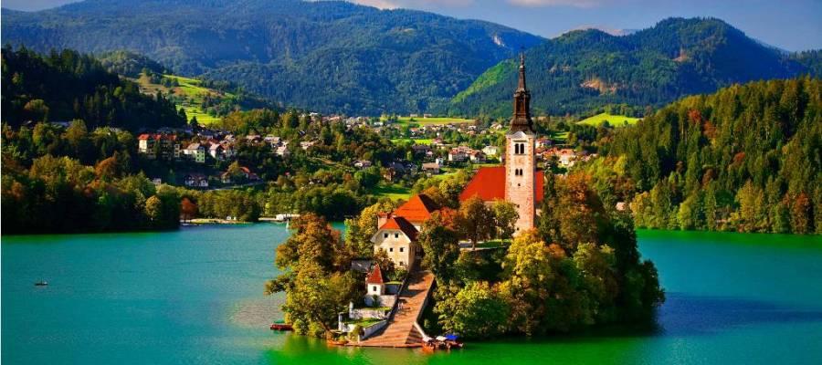 السياحة في دول البلقان