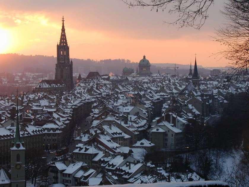 مدينة بيرن في سويسرا