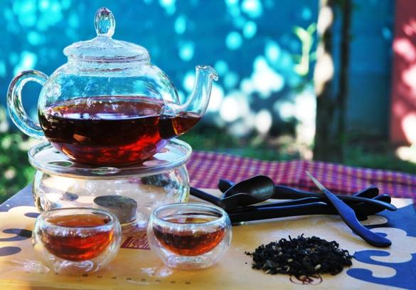 Monsoon Blend Black Schwarze Thai-Teemischung, zubereitet im Gong Fu Cha Stil