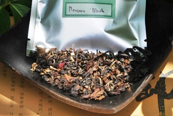 Monsoon Blend Black Schwarze Thai-Teemischung, trockenes Blattmaterial