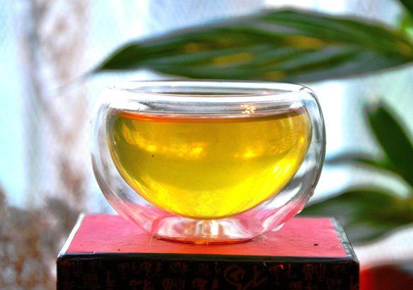 Kabusecha Haru Grüner Halbschatten-Tee aus den ersten Tagen der Hauptpflückung