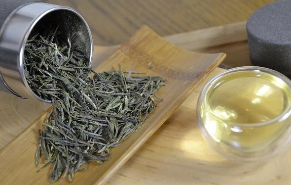 Spring High Mountain Premium Zi Sun Cha aus biodiversem Anbau