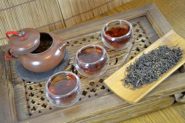 Wilder Jin Jun Mei Schwarztee aus Wuyishans Zhengshan-Areal