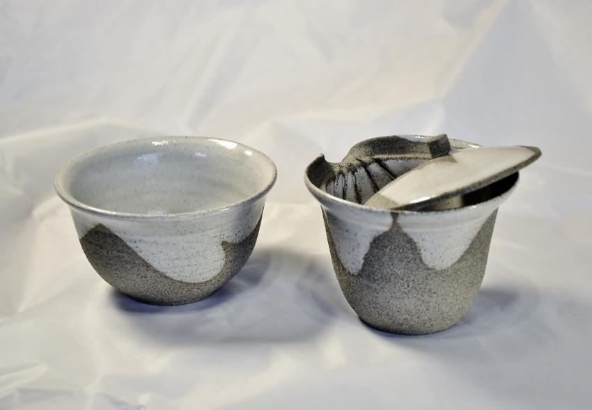 SiamTeas Signature Shiboridashi Set 120ml + Tea Cup, light grey with white interior and spontaneous glaze