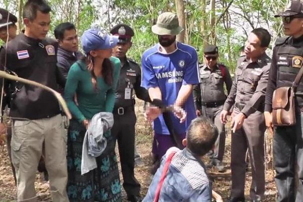 Mardi la police a emmené Amaury Rigaud et Rujira Iamlamai pour une reconstitution du meurtre de Giuseppe De Stefani
