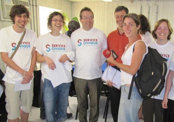 Le service civique français espère attirer 150.000 jeunes en 2018
