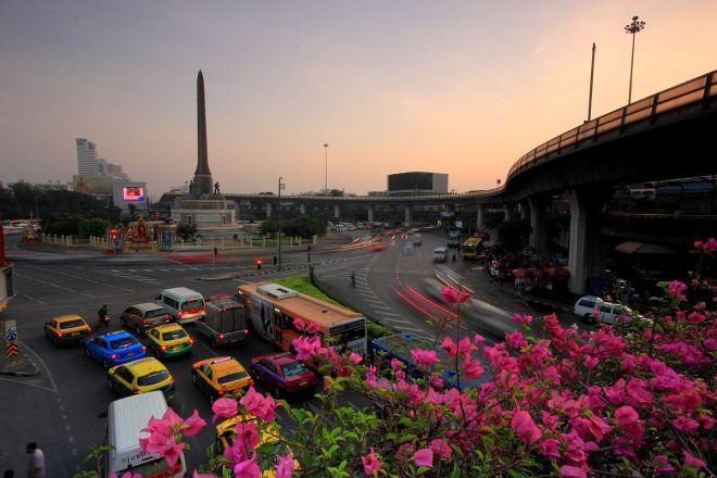 Le Monument de la Victoire fait partie d'une liste de 16 sites de Bangkok n'ayant pas de propriétaire
