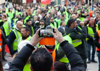 Des politiques appellent à l'arrêt des manifestations des gilets jaunes après l'attentat de Strasbourg