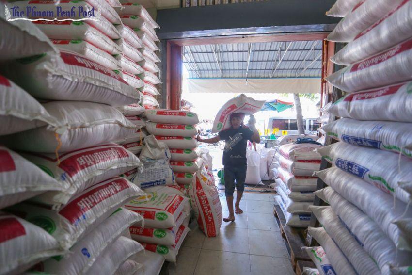 La Chine relève ses quotas d'importation de riz cambodgien