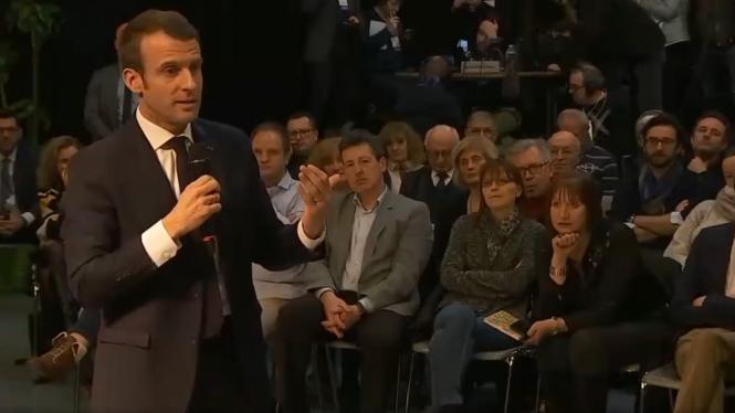 Macron pourrait organiser un référendum en mai
