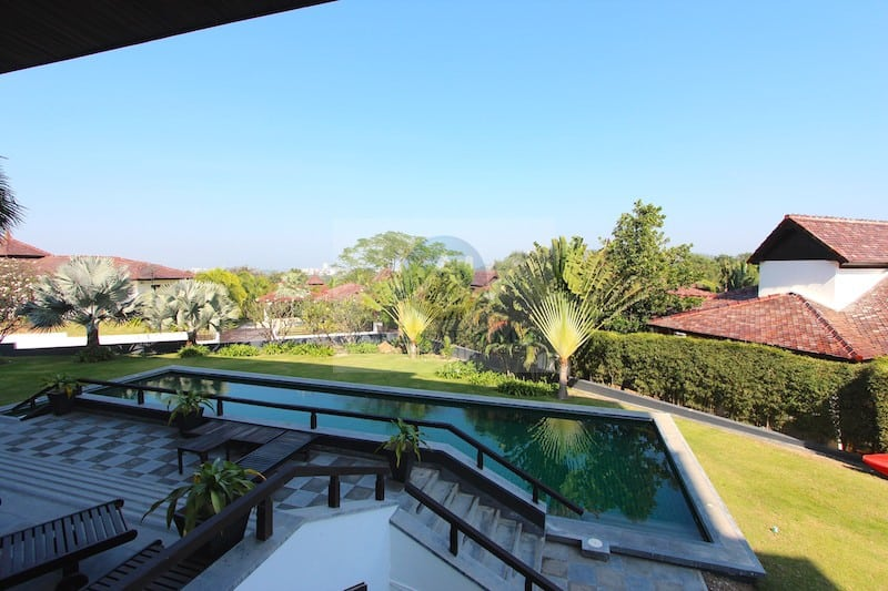 Central Hua Hin Condo For Sale In Nice Housing Development | Hua Hin Real Estate | Hua Hin Real Estate Agents | Hua Hin Property For Sale | Hua Hin Condos For Sale | 2 Bedroom Condos For Sale In Hua Hin