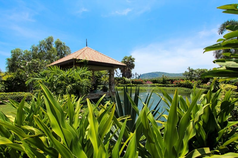 Balinese-Style Villa For Sale In Pranburi