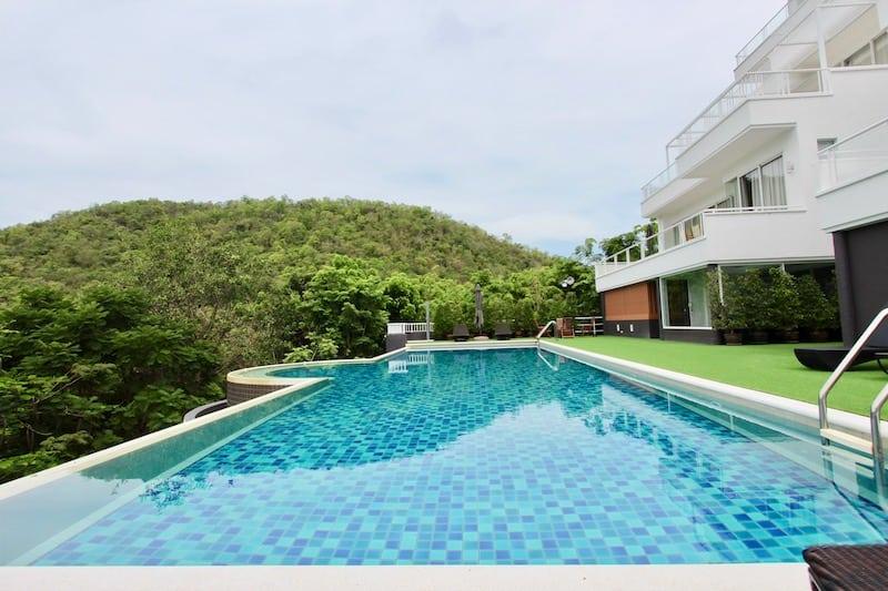 Seaview condos for sale in hua hin thailand
