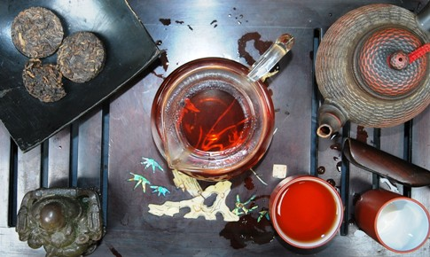Red color of infused Wild Phoenix shu Pu Erh Tea