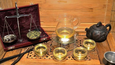 "Long Jing ""Dragonwell"" Green Tea: top-ranking on all ""Best of"" lists of Chinese teas"