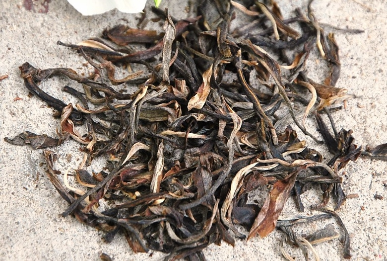 Da Hong Pao Wuyi Yancha Tea ('Big Red Robe')
