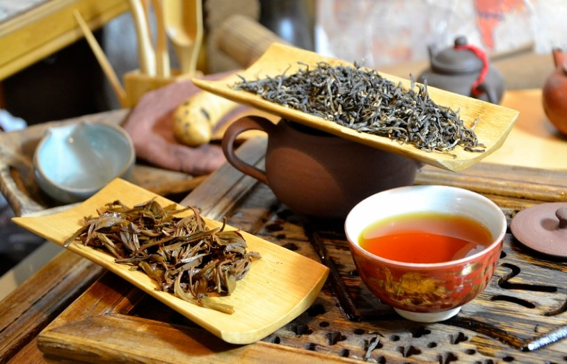 Royal Tippy Second Flush Black Tea from Latumoni tea garden in Assam - a particularly wonderful expample for a true artisan tea